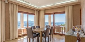 Moderne Villa mit Meeresausblick (Thumbnail 5)