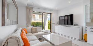 Moderní rohový dům u pláže s panoramatickým výhledem na Malorce (Thumbnail 4)
