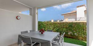 Moderní rohový dům u pláže s panoramatickým výhledem na Malorce (Thumbnail 9)