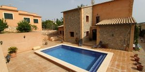 Villa in Calvia - finca in the village with pool (Thumbnail 7)