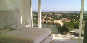 Moderne Villa in bester Lage und traumhaftem Panorama-Meerblick (Thumbnail 8)