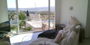 Moderne Villa in bester Lage und traumhaftem Panorama-Meerblick (Thumbnail 3)