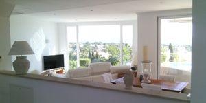Moderne Villa in bester Lage und traumhaftem Panorama-Meerblick (Thumbnail 2)