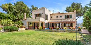 Villa im Fincastil in exklusiver Wohnlage (Thumbnail 2)