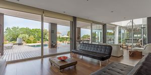 Modern villa for sale with views to the Palma bay (Thumbnail 5)