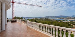 Dream villa with sea views in Santa Ponsa (Thumbnail 2)