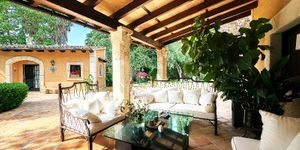 Finca in Palma - Property with lots of s (Thumbnail 2)