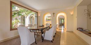 Prestigious villa with guest house in Santa Ponsa (Thumbnail 4)