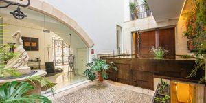 Exklusives Stadthaus in Palma de Mallorca mit Meerblick (Thumbnail 7)