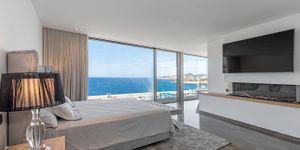 New villa in 1st sea line in El Toro (Thumbnail 8)