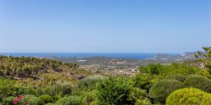 Special property with panoramic sea view (Thumbnail 2)