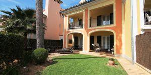 Luxus-Reihenhaus in herrlicher Wohnanlage in Santa Ponsa (Thumbnail 1)