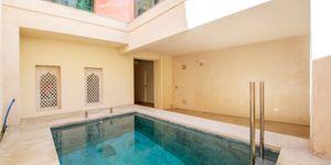 Luxus-Wohnen in Kathedralennähe – Edles Stadthaus in Palma (Thumbnail 2)