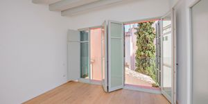 Luxus-Wohnen in Kathedralennähe – Edles Stadthaus in Palma (Thumbnail 10)