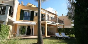House on the golf course in Camp de Mar (Thumbnail 1)