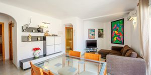 Sea view apartment with restaurant located 50 m from the beach, Portixol, Palma (Thumbnail 3)