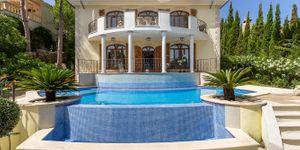 Nice Villa with sea views in Nova Santa Ponsa (Thumbnail 2)