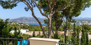 Nice Villa with sea views in Nova Santa Ponsa (Thumbnail 3)