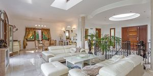 Villa in exklusiver Wohnlage und Meerblick (Thumbnail 6)