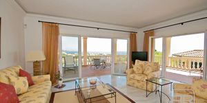 Mediterrane Villa in exklusiver Wohnlage von Nova Santa Ponsa (Thumbnail 7)