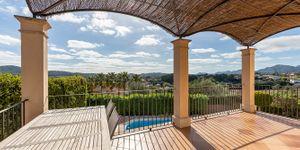 Villa im Fincastil mit herrlichem Panoramablick (Thumbnail 3)