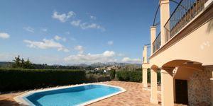 Stilvolle Finca in Calvia – Panoramablick inklusive (Thumbnail 2)