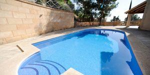 Newly-built villa with terrace, pool and seaviews in Gènova, Palma de Mallorca (Thumbnail 8)