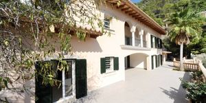 Newly-built villa with terrace, pool and seaviews in Gènova, Palma de Mallorca (Thumbnail 1)