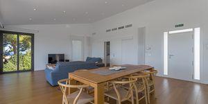 Villa in Port Alcudia - Anwesen mit gigantischem Meerblick (Thumbnail 6)