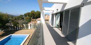 Minimalist villa with sea views in Cala Vinyas (Thumbnail 10)