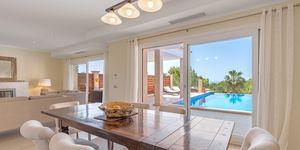 Costa de la Calma: Luxury Villa in a quiet residential area (Thumbnail 3)