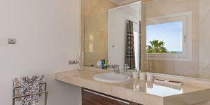 Costa de la Calma: Luxury Villa in a quiet residential area (Thumbnail 10)