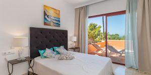 Spacious duplex penthouse with sea view (Thumbnail 10)
