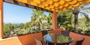 Spacious duplex penthouse with sea view (Thumbnail 6)