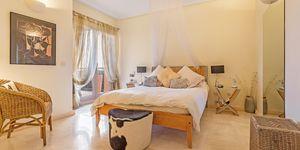 Luxuriöses Apartment im ersten Stockwerk einer eindrucksvollen Wohnanlage (Thumbnail 8)
