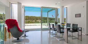 Imposante Luxus Villa mit Blick in die Bucht von Palma (Thumbnail 7)
