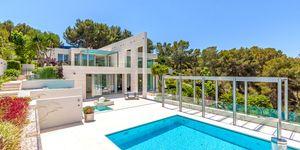 Imposante Luxus Villa mit Blick in die Bucht von Palma (Thumbnail 1)