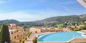 Luxus Wohnung mit Panorama Meerblick unweit zum Golfplatz (Thumbnail 1)