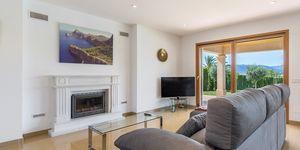Villa in Santa Ponsa - elegante Immobilie mit Panoramablick bis zur Bucht (Thumbnail 4)