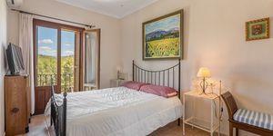 Villa in Paguera - großzügige Immobilie mit zwei Wohneinheiten (Thumbnail 10)