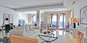 Sol de Mallorca: Comfortable luxurious villa in 1st sea line (Thumbnail 4)