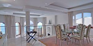 Sol de Mallorca: Comfortable luxurious villa in 1st sea line (Thumbnail 7)
