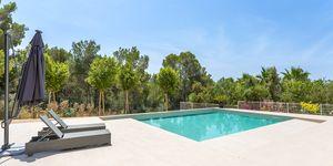 Luxusní vila s výhledem na moře v oblíbené obci Santa Ponsa, Malorka (Thumbnail 3)