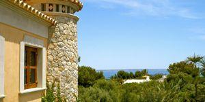 Sol de Mallorca: Stately sea views villa on spacious property (Thumbnail 2)