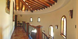 Sol de Mallorca: Stately sea views villa on spacious property (Thumbnail 6)
