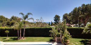Sol de Mallorca: Stately sea views villa on spacious property (Thumbnail 9)
