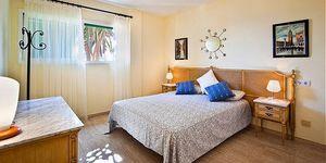 Frontline apartment in Nova Santa Ponsa (Thumbnail 8)