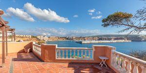 Apartment in erster Meereslinie mit großzügiger Terrasse (Thumbnail 1)