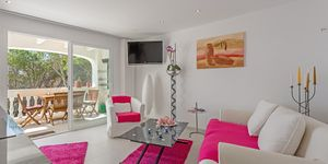 Renovated apartment in the first sea line in Port Andratx (Thumbnail 3)