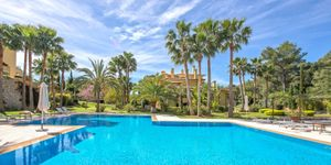 Mediterranean apartment in well maintained complex in Son Vida (Thumbnail 1)